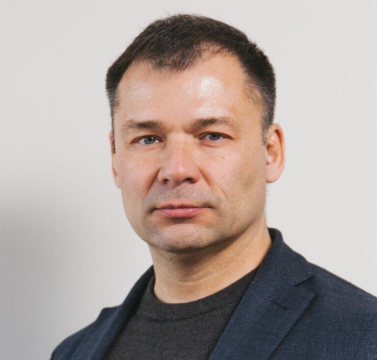 Дмитрий Бобровских