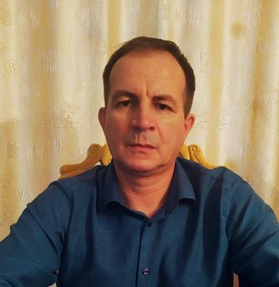Роман Куземский