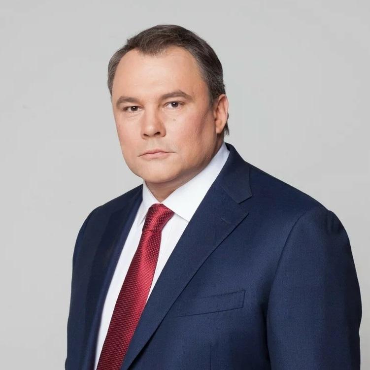 Толстой Пётр Олегович