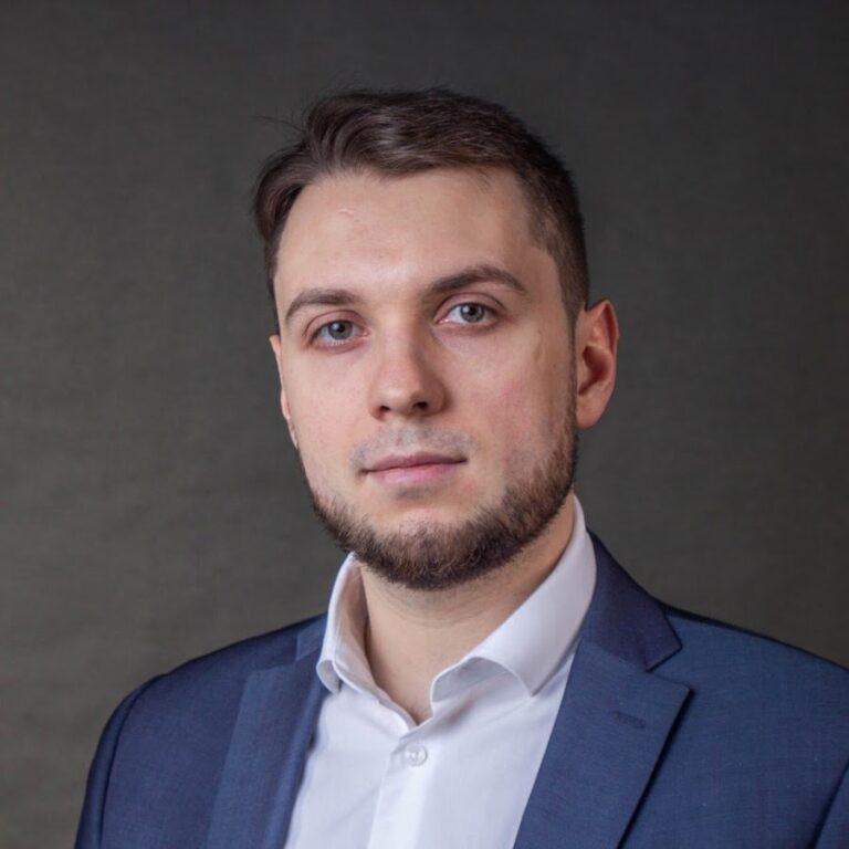 Юнеман Роман Александрович