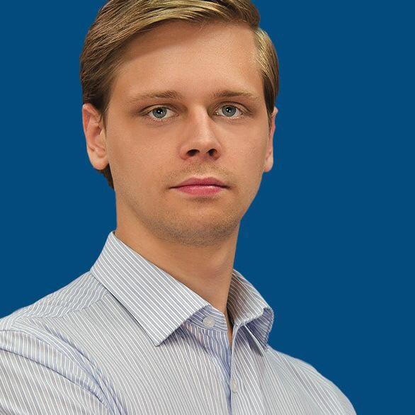 Монахов Михаил Игоревич