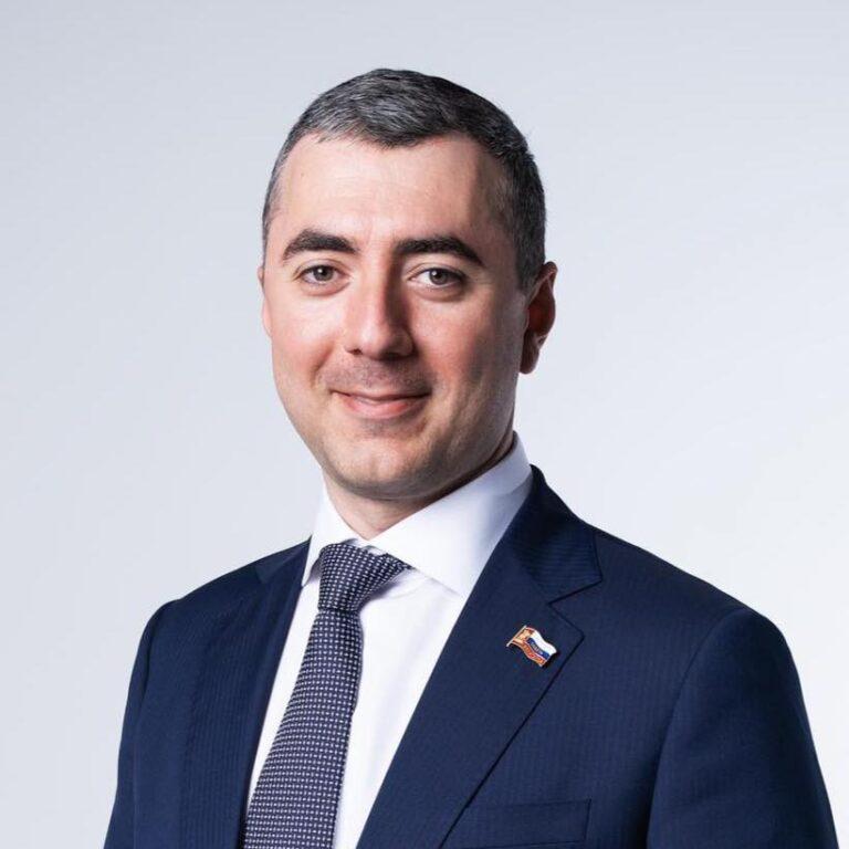 Аперян Карен Манвелович