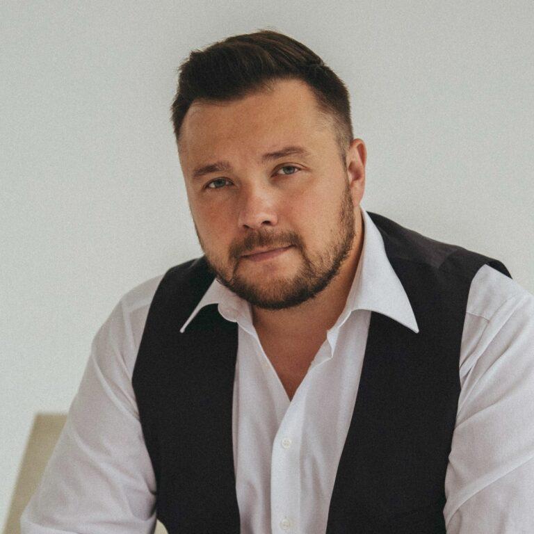 Белый Александр Александрович